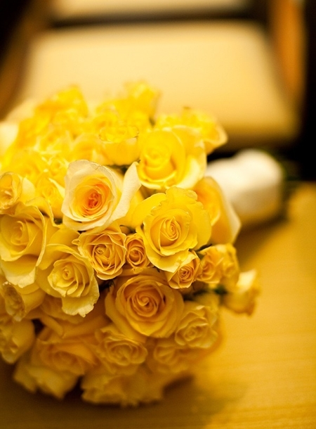 Yellow Roses Wedding Bouquets Ideas