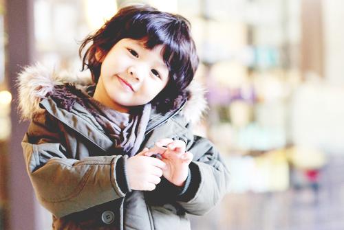 http://data.whicdn.com/images/14484354/asian-cute-hello-baby-shinee-yoogeun-Favim.com-131404_large.jpg