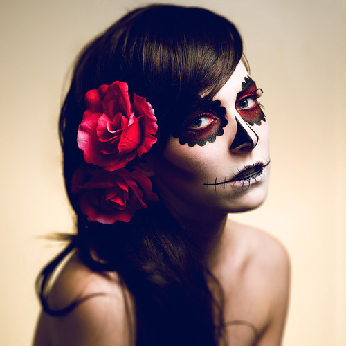 Halloween,girl,tatoo,makeup,sugar,skull,face-7d3674590fbb8bd91b4cb41d9989a630_h_large