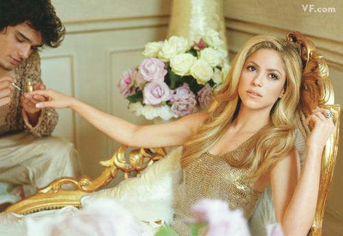 Shakira-0910-po01_large
