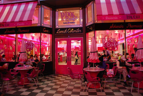 Pink cafe Tumblr_lrmft54o8P1r010fmo1_500_large