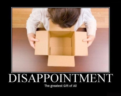 Lo que se esconde debajo del arbol [Zona de Regalos] Bad-crazy-disappointment-funny-gifts-Favim.com-146944_large