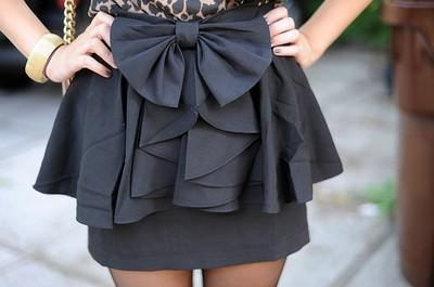 Bow-bracelet-girl-petticoat-favim.com-131636_large