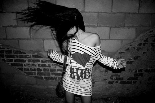 Dance-girl-hair-movement-favim.com-149522_large