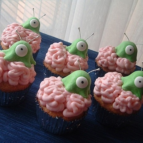 Flickrbrainslugcupcake-500x501_large