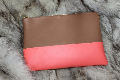 Celine_clutch_fluo_peach_1_large
