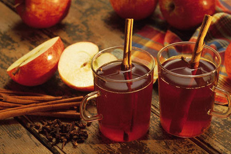 Sugar and Spice: Hot Apple Cider With Or Without Sugar | Love Your Reflection