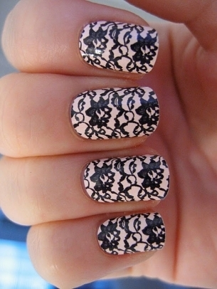 Lace_nail_art_dizzy_nails_thumb_large
