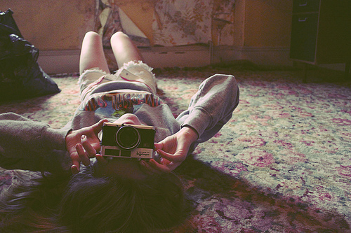 Camera-girl-photographer-favim.com-167613_large