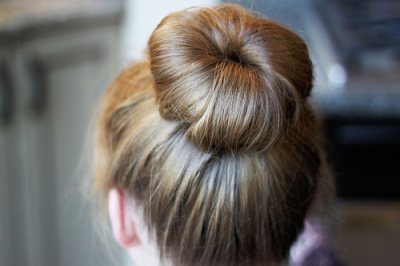 Tutorials: How To Do A Messy Bun! photo 10
