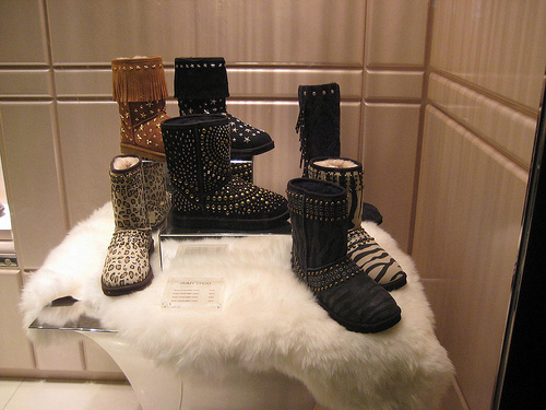 Black-brown-cheetah-leopard-uggs-favim.com-169901_large