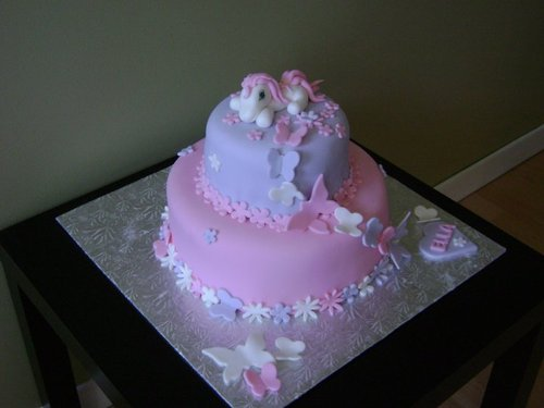 My little pony by Sonya3007 on Cake Central on we heart it / visual ...