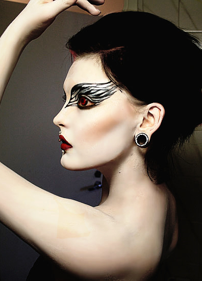 Black_swan_makeup_by_queenofherz-d3yeidm_large
