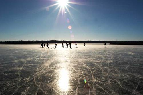 Pond-hockey_large