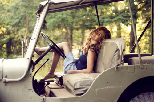 Girl-jeep-trees-favim.com-171665_large
