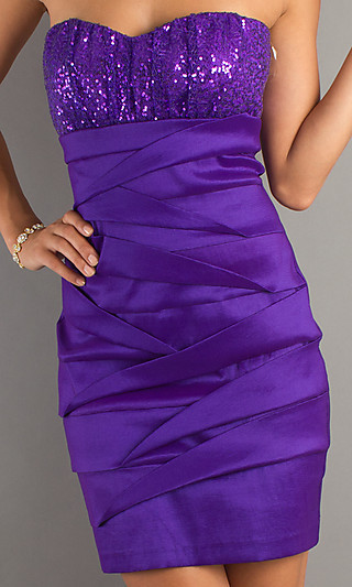 http://data.whicdn.com/images/15810191/PromGirl-729301555_large.jpg