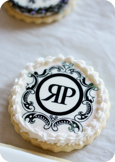 Company-logo-decorated-cookies-edible-ink-image_large