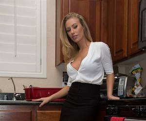 74 images about Nicole Aniston on We Heart It   See more about ...