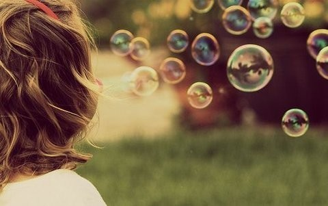 Bubbles,child,cute,girl,nature,summer-41725274fc259a2d34561fb34e2020c3_h_large
