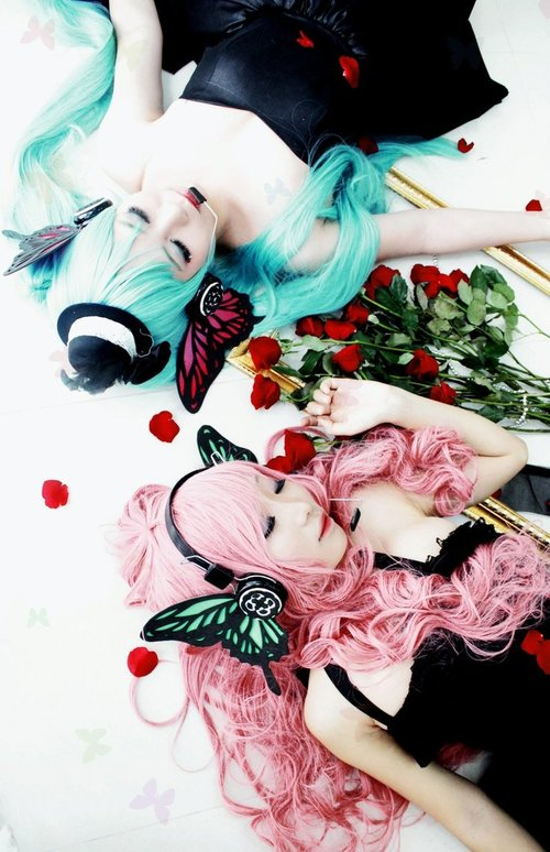 **Cosplays** Magnet_miku_and_luka_by_kellfung-d4byc1u_large
