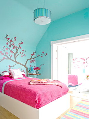 Girls-room-decorating-ideas-pictures-2_large