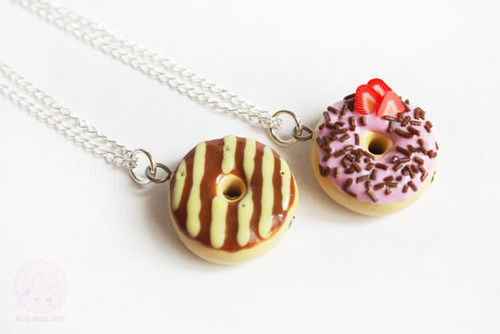 076_donut%2520necklace_large