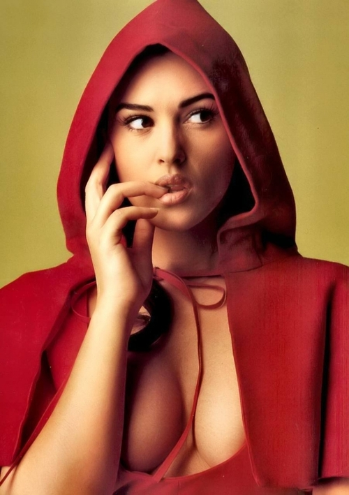 600full-monica-bellucci_large