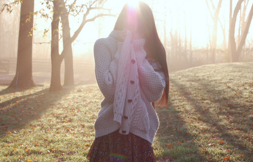 Autumn-cardigan-fall-girl-grass-favim.com-174408_large