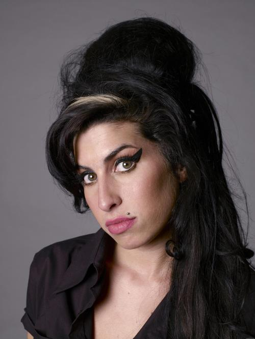 Amy%2520winehouse%2520wallpaper%2520(4)_large