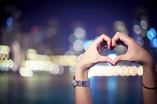 Apa yang Pria Rasakan Ketika Dia Jatuh Cinta?