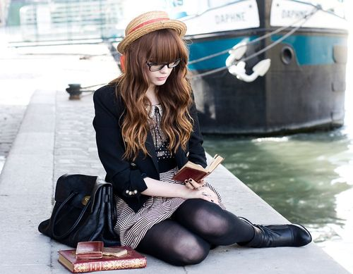 Beautiful-book-fashion-girl-hair-favim.com-187079_large