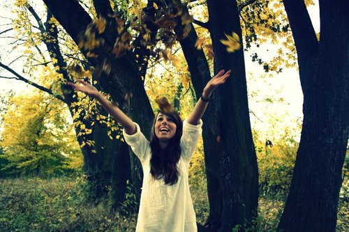 Autumn_happiness_by_lulialinka-d4e0i96_large