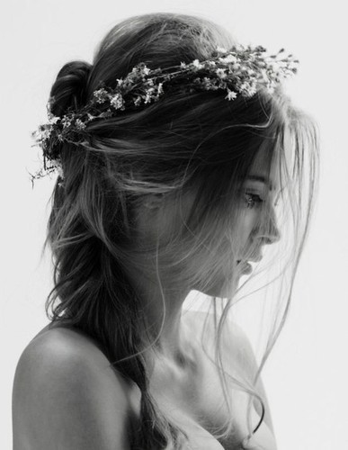 ♔ uniting ♕  Flower,crown,flowers,hair,ppl,beauty,black,,,white-973c325dd9b28f037e204c5bfc3fa998_h_large