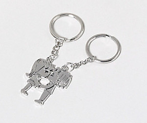 metal kiss keychain