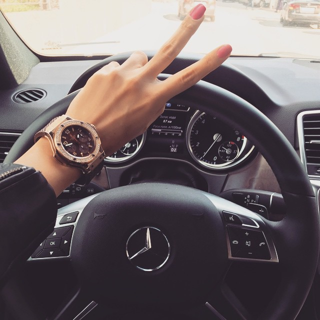 We Car: Car, Nails, And Luxury