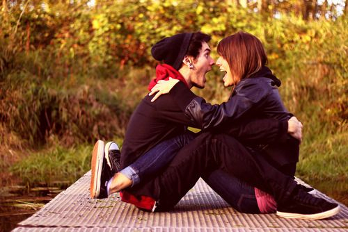 Boy-couple-girl-happ-happy-favim.com-192557_large