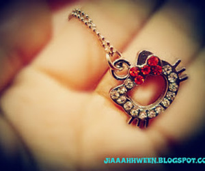 hellokitty necklace
