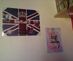 london bass wall