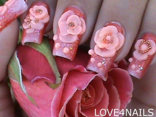 Love4nails_208702_l_large