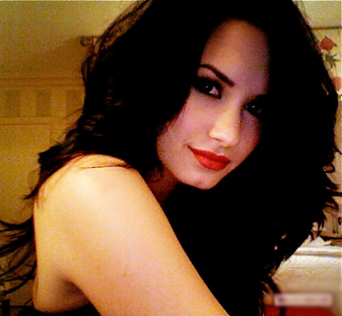 Beautiful-demi-lovato-diva-favim.com-195611_large