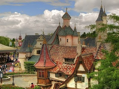 Fairy_tale_houses_22_large