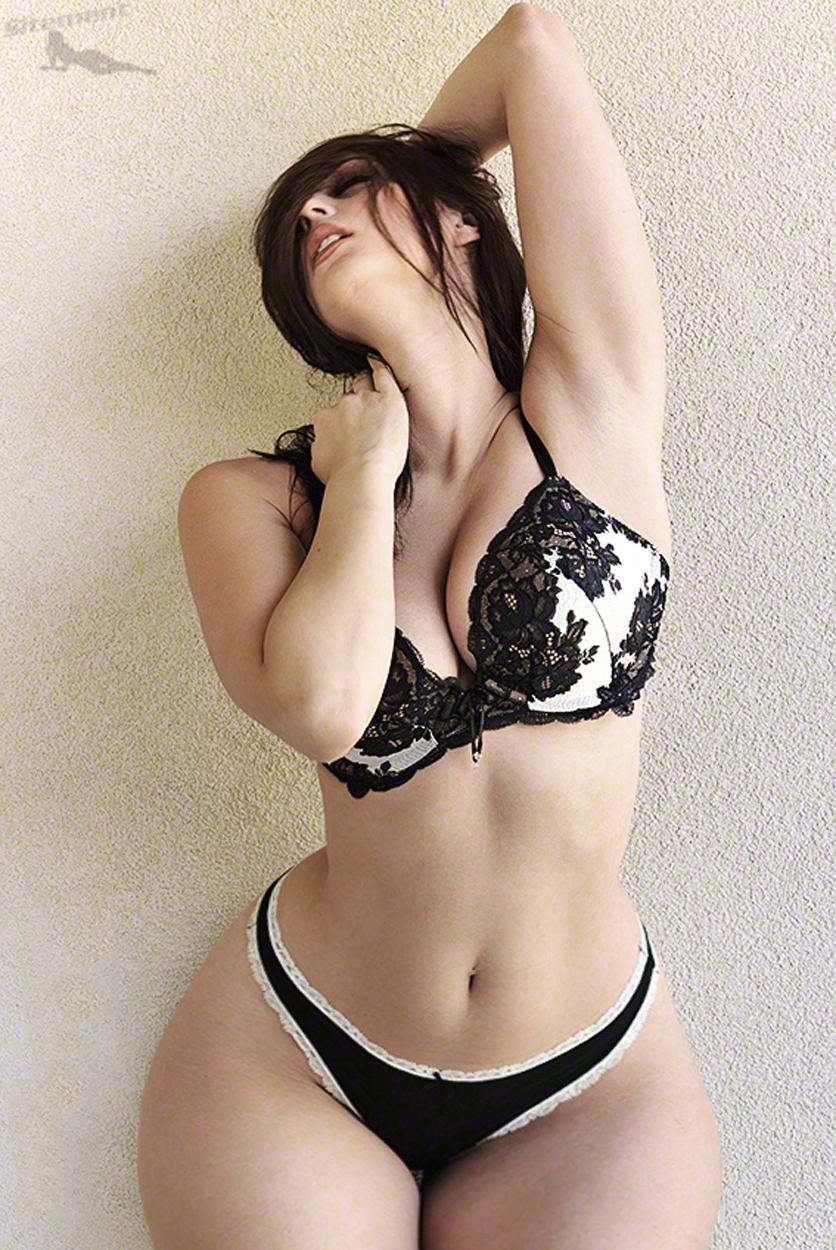 Фото баб с тонкой талией большой грудью и широкими бёдрами онлайн 24 фотография