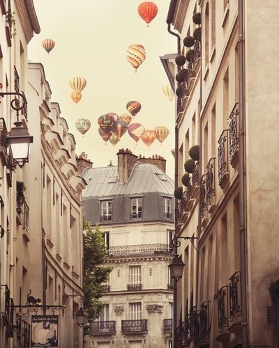 Paris is a feeling - Fine art Paris photograph picture on VisualizeUs