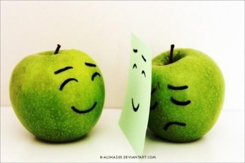 W_485_1319388520_0af9_apples_large