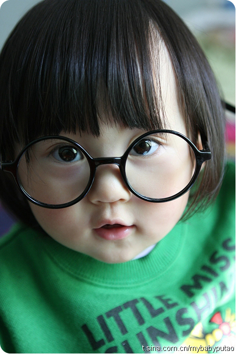 -baby-cute-girl-glasses-favim.com-192224_large