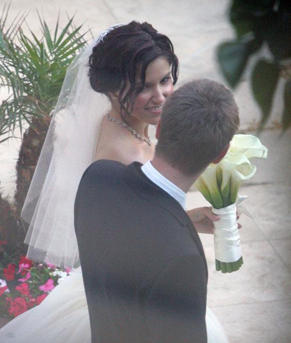 Chad Michael Murray And Sophia Bush Wedding: Sophia Bush And Chad Michael Murray Wedding Photo Gallery