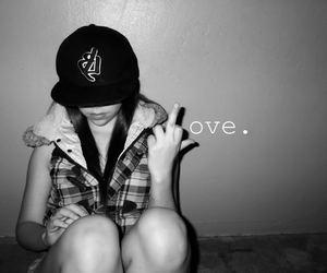 girl love black and white