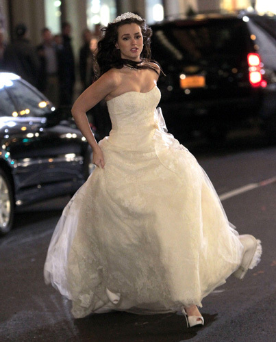Blair-waldorf_s-wedding-dress-1_large