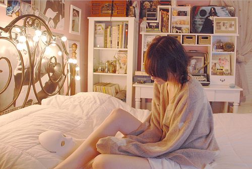 Bed-cute-girl-hair-i-need-this-room-favim.com-195445_large