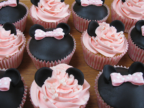 Cupcakes_minnie2_large_1290794636_large